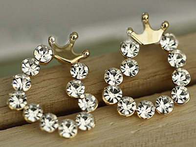 Diamond crown earrings A 090226 ddd