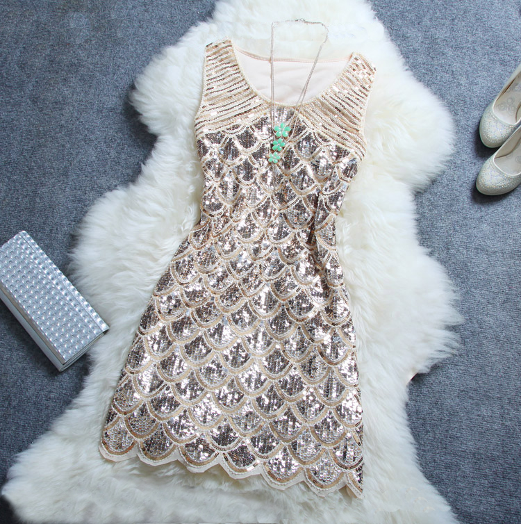Stylish atmosphere Beaded sequined dress Ayd